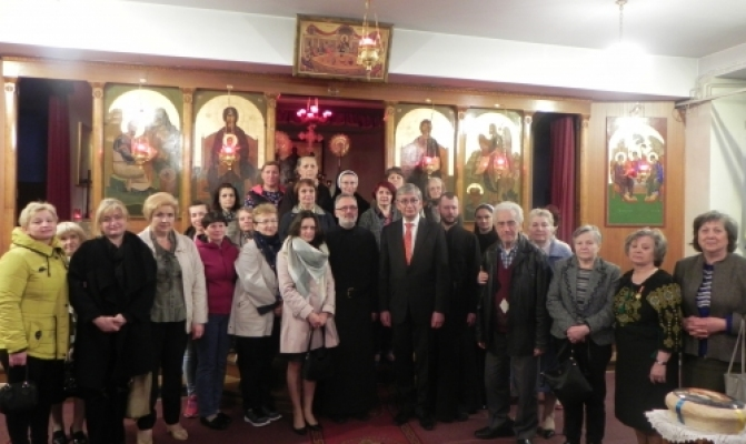 /latest-news/item/543-yevhen-cholii-zustrivsia-z-ukrainskoiu-hromadoiu-aten.html