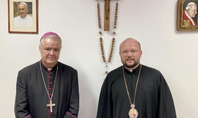 /latest-news/item/1141-holova-pastoralno-mihratsiinoho-viddilu-zustrivsia-z-iepyskopom-kyshynivskym-rkts.html
