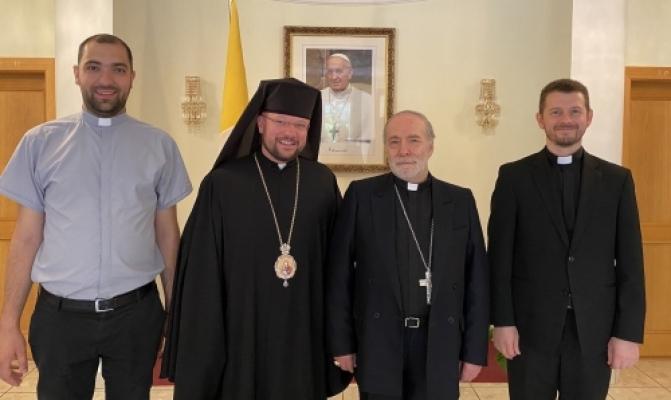 /latest-news/item/1061-holova-pmv-zustrivsia-z-apostolskym-nuntsiiem-u-slovachchyni.html